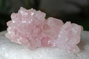 kristályos rózsakvarc